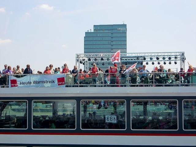 Cologne, Rhine, Shipping, River, Rheinland, Bank