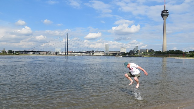 Düsseldorf, Jump, Rhine, Water, Entertainment, River