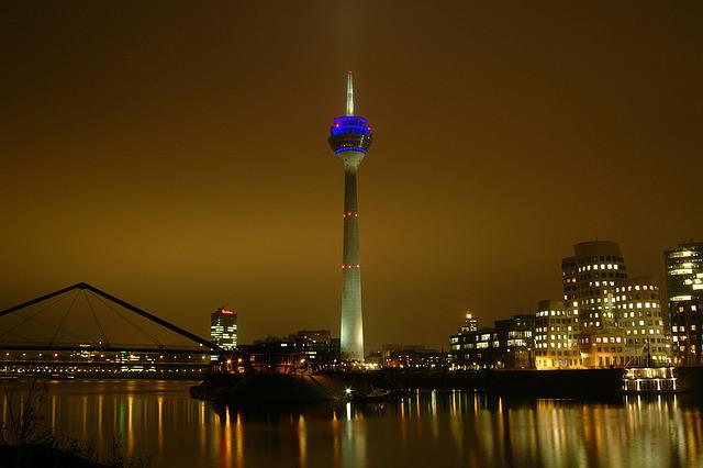 Customs Port, Düsseldorf, Rhine Tower, Mirroring