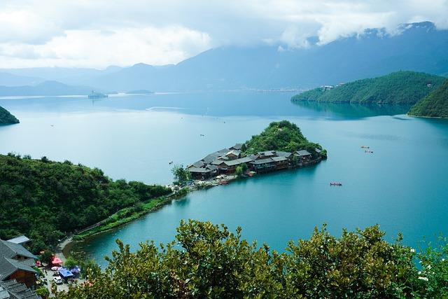 Rigby Island, Sunny Days, Lugu Lake, China