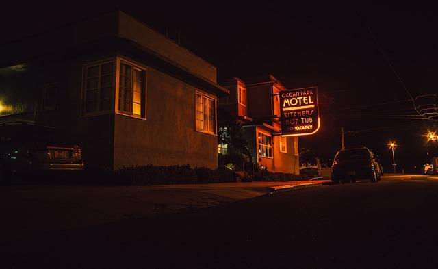 Motel, Sign, Street, Road, Night, Evening, Dark, City