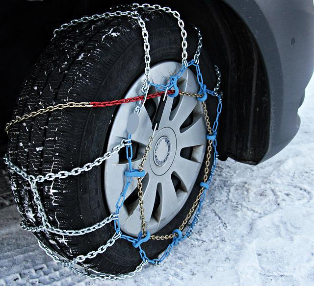 Snow Chains, Winter, Snow, Wintry, Snowy, Auto, Road