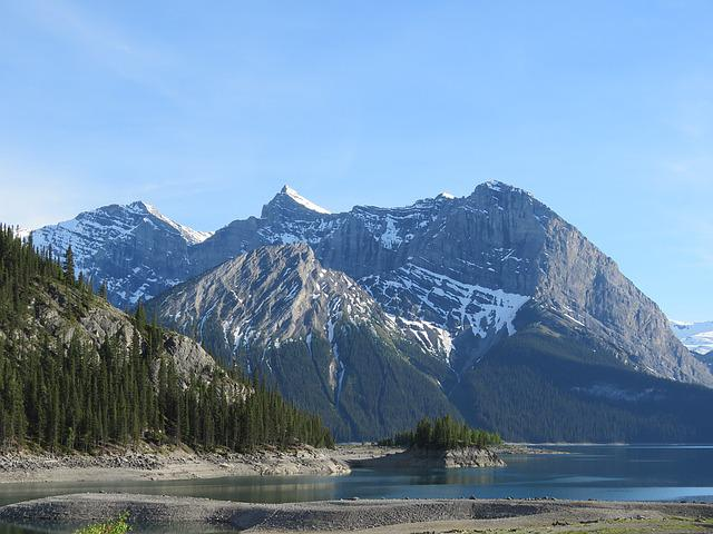 Rocky Mountains, Upper Kananaskis Lake, Alberta