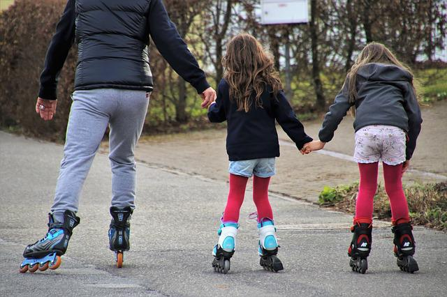 Roller Skates, Sister, Rays, Activities, Entertainment