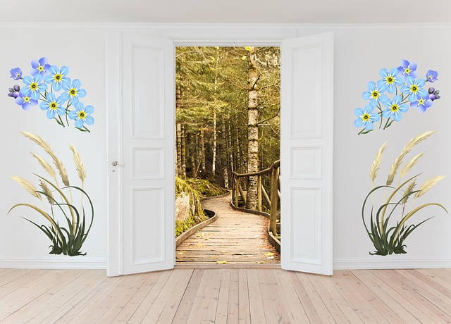 Open Door, Nature Trail, Forest, House, Inside, Room