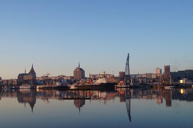 Rostock, Port, Mirroring, Morgenstimmung