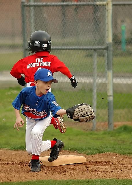 Baseball, Fielder, First Base, Sport, Runner