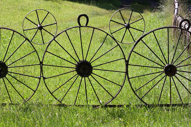 Wagon Wheel, Metal, Iron, Wheel, Old, Rustic, Goal