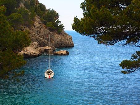 Sailing Vessel, Boot, Booked, Sa Calobra