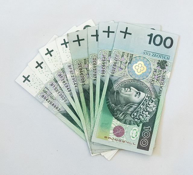 Money, Safe