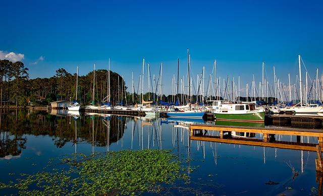 Lake Guntersville, Alabama, Marina, Boats, Sailboats