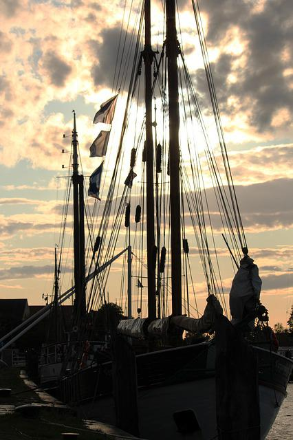 Backlighting, Sailing Vessel, Harbour Museum