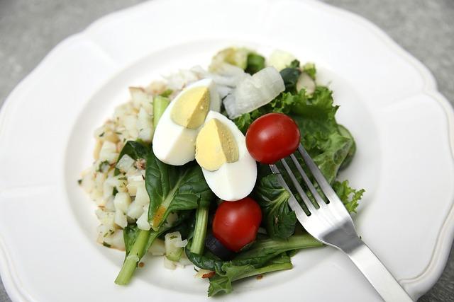 Salad, Eggs, Tomato