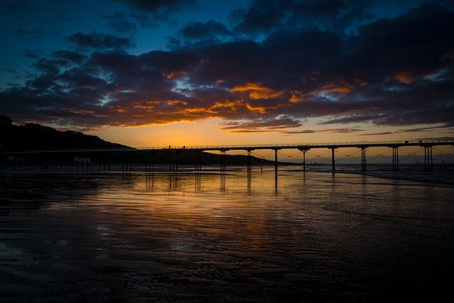 Pier, Saltburn, Saltburn By The Sea, Yorkshire, Autumn