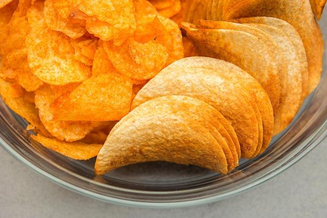 Chips, Snack, Pringles, Crisps, Salty Snack