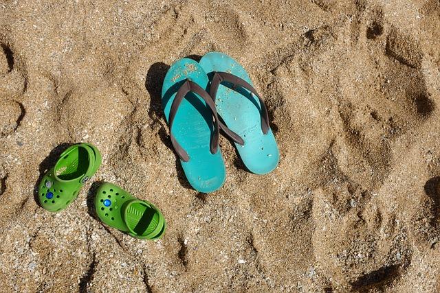 Qing Zi, Sand Beach, Game, Shoes, Beach, Sand, Crooks