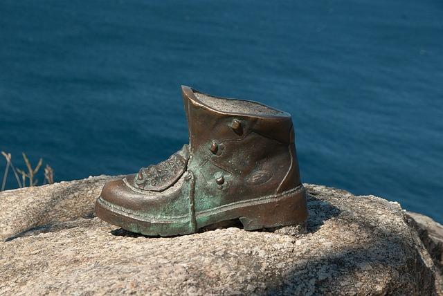 Sculpture, Shoe, Walker, Santiago De Compostela