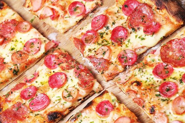 Pizza, Sausages, Sausage