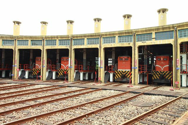 Train, Scalloped Shako Garage, Railroad