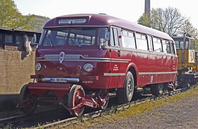 Schie-stra-bus, Combi-vehicle, Rail Traffic, Road