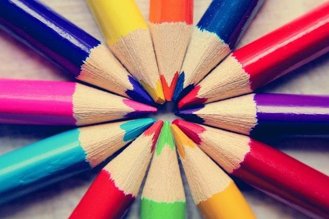 Colored Pencils, Paint, Heart, School, Pens, Draw