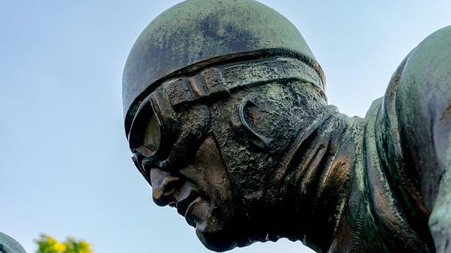 Sculpture, Head, Face, Helm, Glasses, Race Car Driver