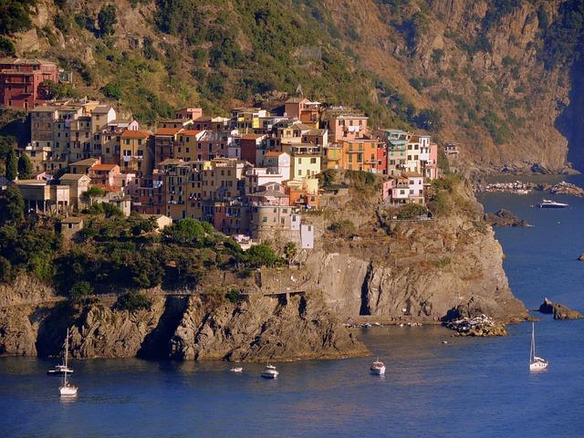 Houses, Mountain, Sea, Corniglia, Colors, Cinque Terre