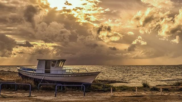 Boat, Grounded, Sea, Seashore, Beach, Panoramic, Nature