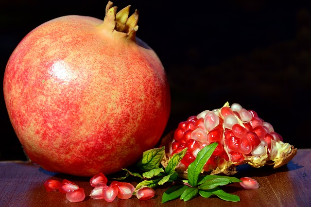 Pomegranate, Fruit, Red, Seeds, Healthy, Delicious