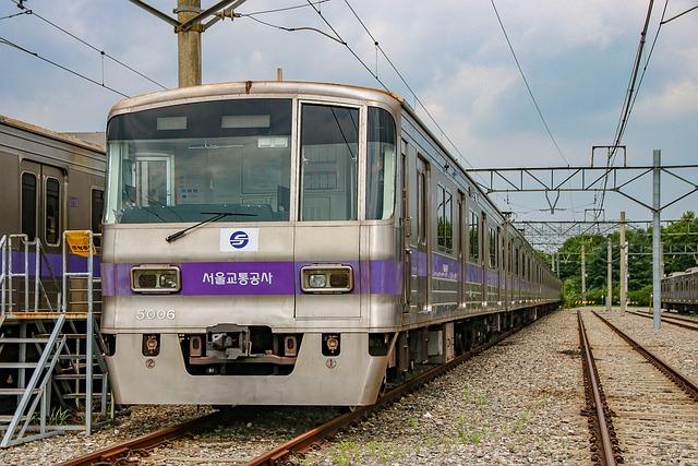 Seoul Subway, Line 5, Metropolitan Subway, Train