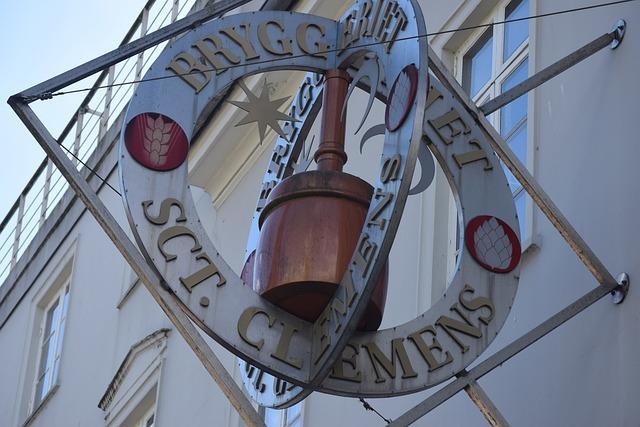 Denmark, Arhus, Teaches, Sign