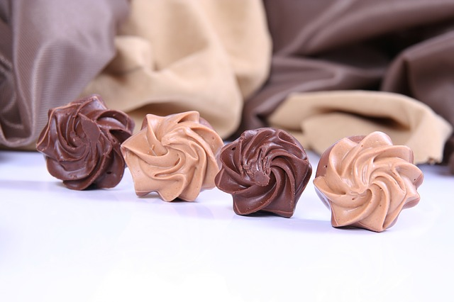 Praline, Chocolate, Caramel, Candy, Sweet, Nibble, Sin