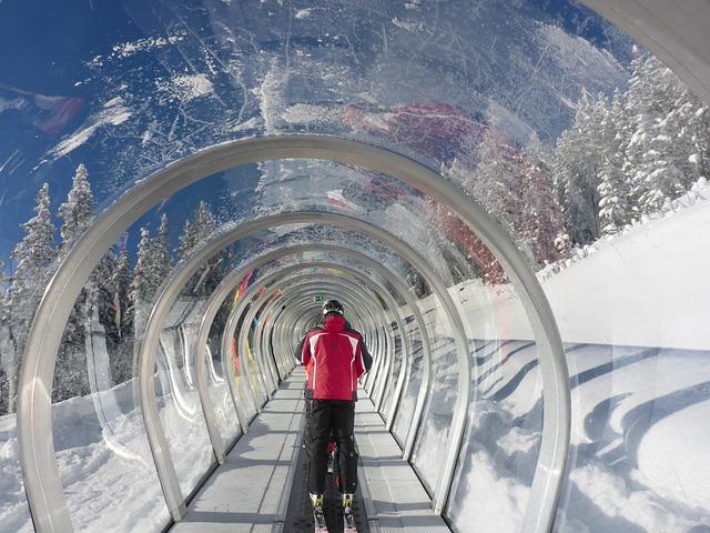 Lift, Treadmill, Skiing, Transport, Glass, Sun