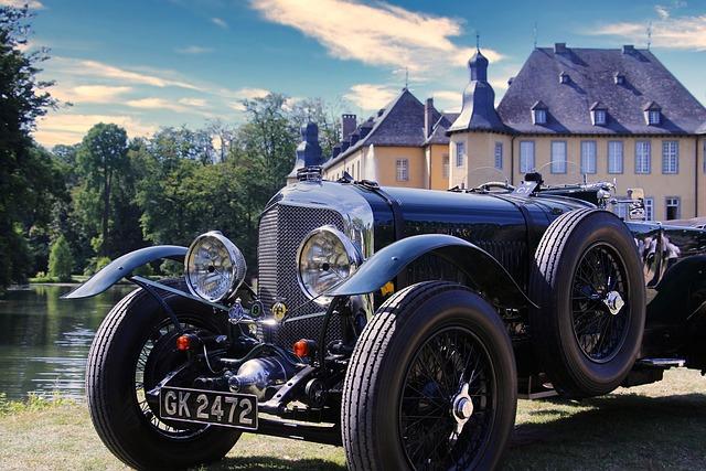 Oldtimer, Castle, Schlossgarten, Lake, Sky, Auto