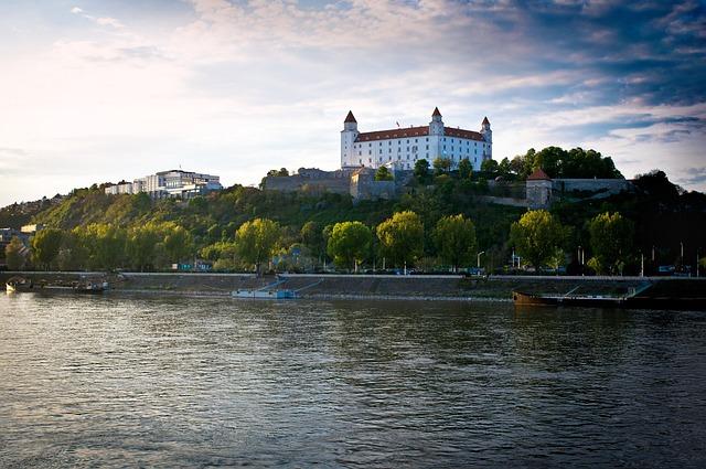 Bratislava, Castle, Danube, Slovakia, Attraction, Devin