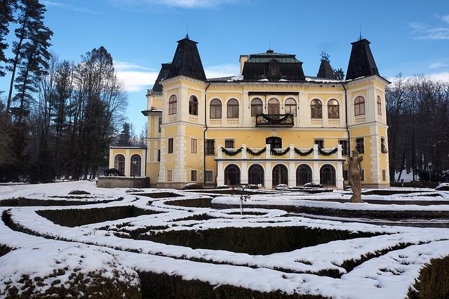 Betliar, Manor-house, Slovakia, Lock, History