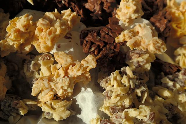 Small Cakes, Chocolate Crisp Happen