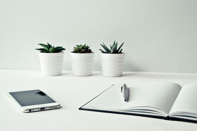 Desk, Smartphone, Iphone, Notebook, Pen, Office, Modern