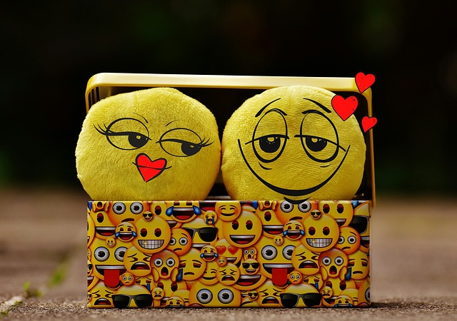Smilies, Funny, Love, Romance, Affection, Feelings