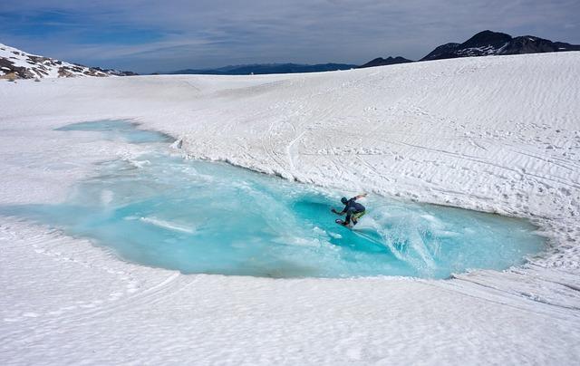 Adventure, Ice, Man, Mountains, Person, Snow