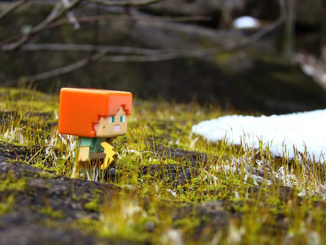 Minecraft, Alex, Toy, Real World, Pickaxe, Moss, Snow