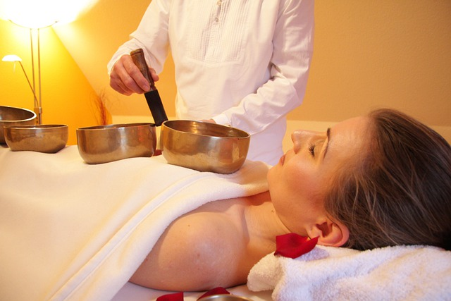 Wellness, Massage, Sound Massage, Singing Bowl Massage