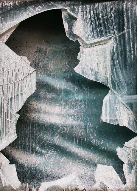Spånnen, Glumsø, Destruction, Glass Mosaic, Powder