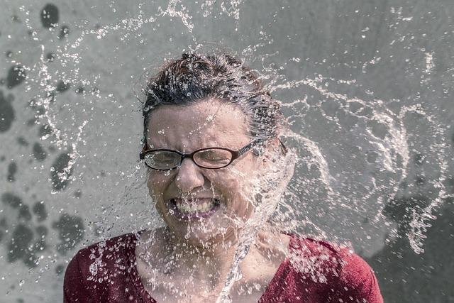 Woman, Splash, Water, Face, Glasses, Girl, Female