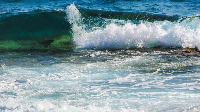 Wave, Smashing, Foam, Spray, Energy, Water, Splash