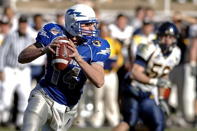 Football, Quarterback, Sport, Player, Athlete