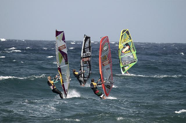 Sport, Action, Body Of Water, Wave, Windsurfing