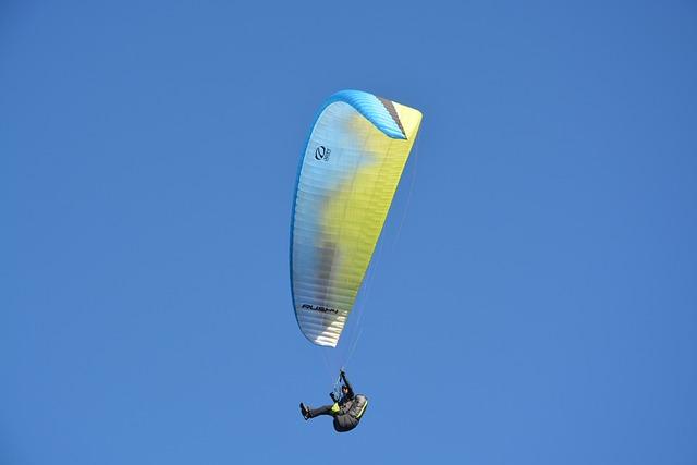 Paragliding, Free Flight, Paraglider, Sport, Leisure