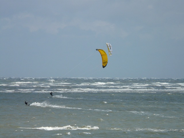Kite Surfing, Water Sports, Sport, Kiteboarding