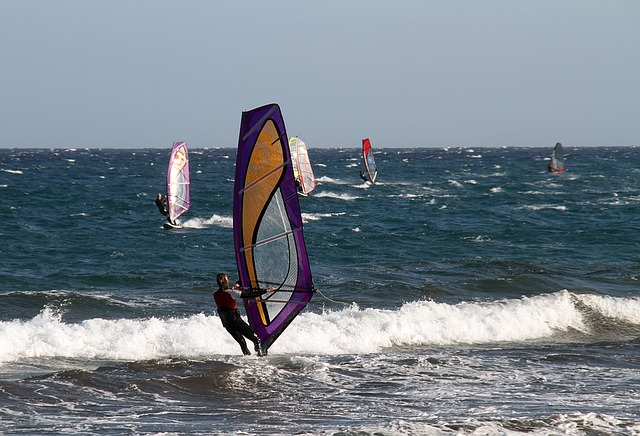 Windsurf, Wind, Surfing, Windsurfing, Sea, Sport